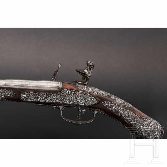 A pair of iron-cut stone pistols, Andrea Medecina in Brescia, around 1670 - photo 5