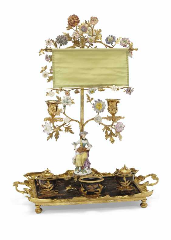A LOUIS XV ORMOLU-MOUNTED MEISSEN, FRENCH PORCELAIN AND LACQUER ENCRIER - photo 1