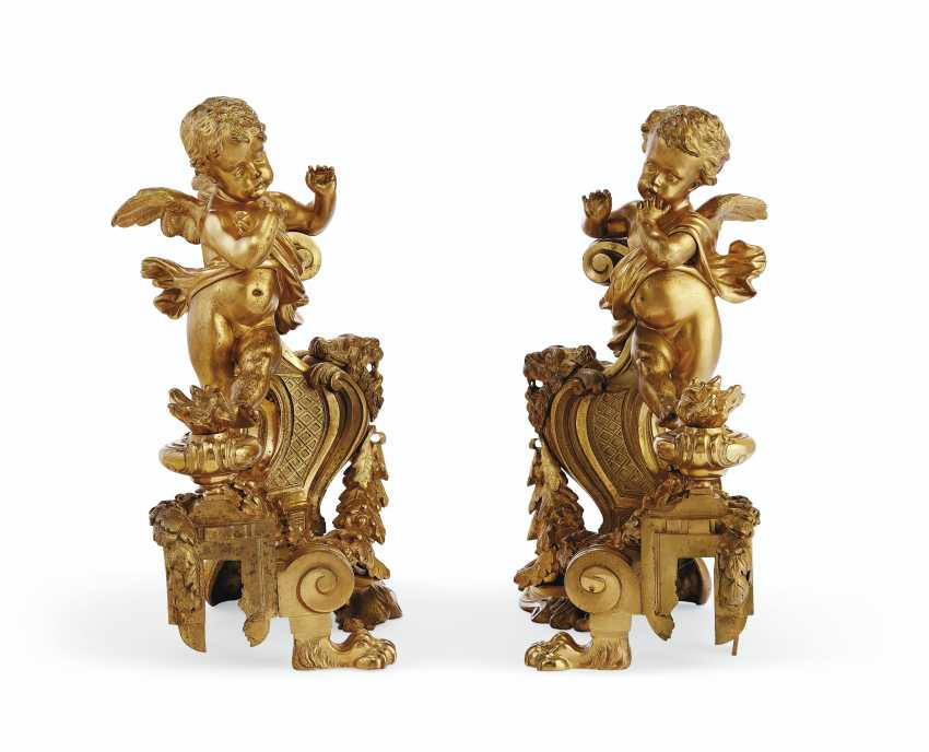 A PAIR OF FRENCH ORMOLU FIGURAL CHENETS - photo 4