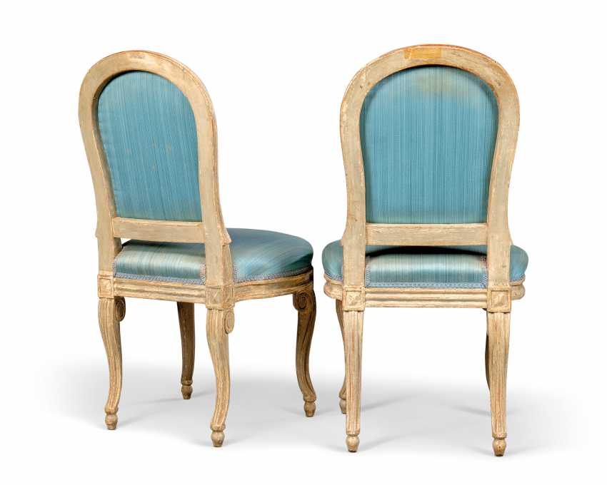A PAIR OF LOUIS XVI GREY-PAINTED SIDE CHAIRS - photo 3