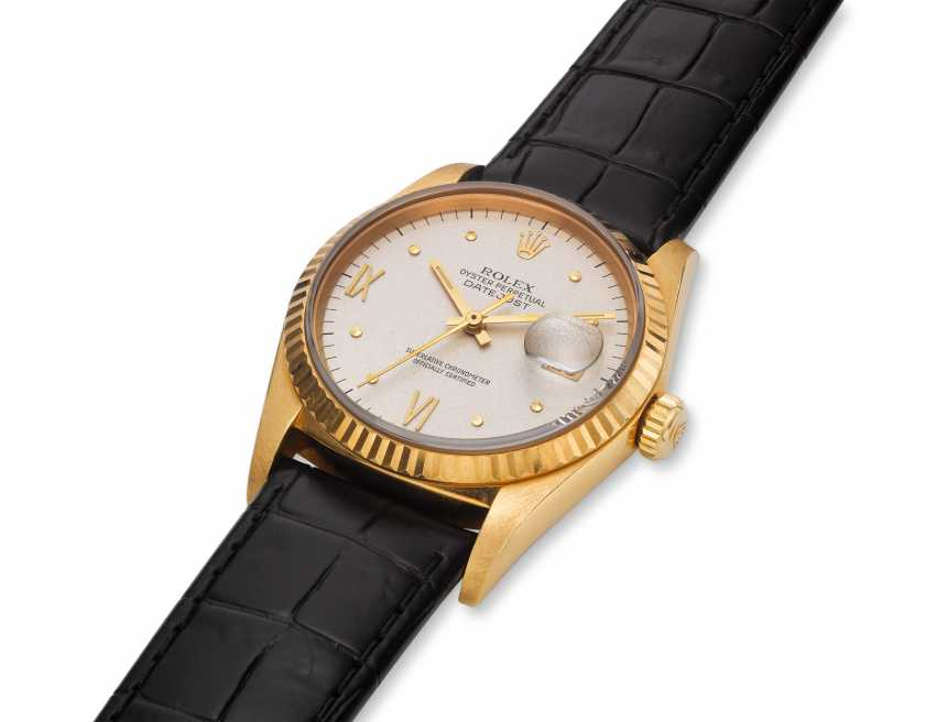 ROLEX, DATEJUST, 18K GOLD, RARE CYLINDRICAL PYRAMIDAL-TEMINATED INDEX DIAL, REF. 16018 - photo 2