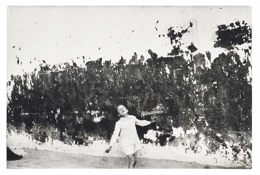 HENRI CARTIER–BRESSON (1908–2004) - photo 1