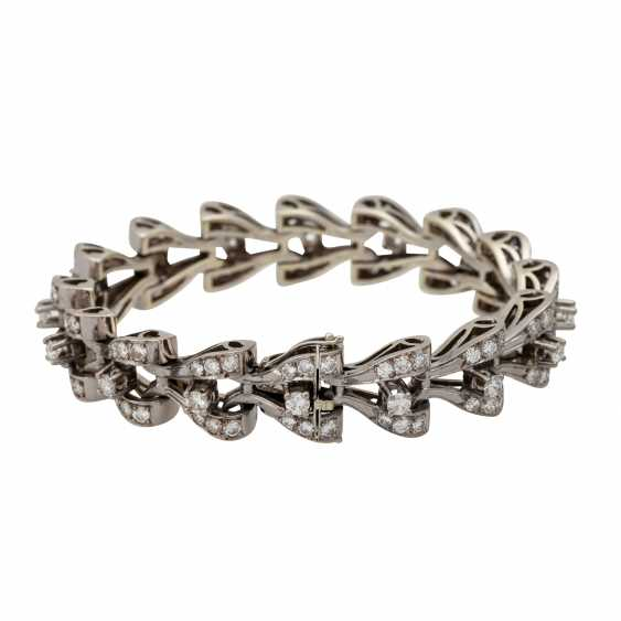 Bracelet with diamonds totaling approx. 8.9 ct, - photo 2