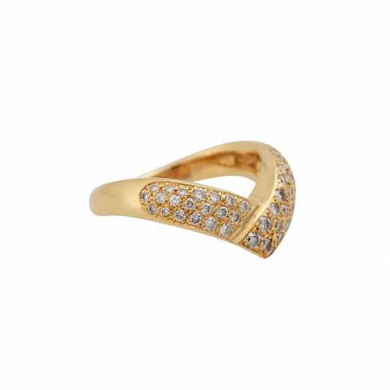 Ring with diamonds totaling approx. 0.7 ct, - photo 1