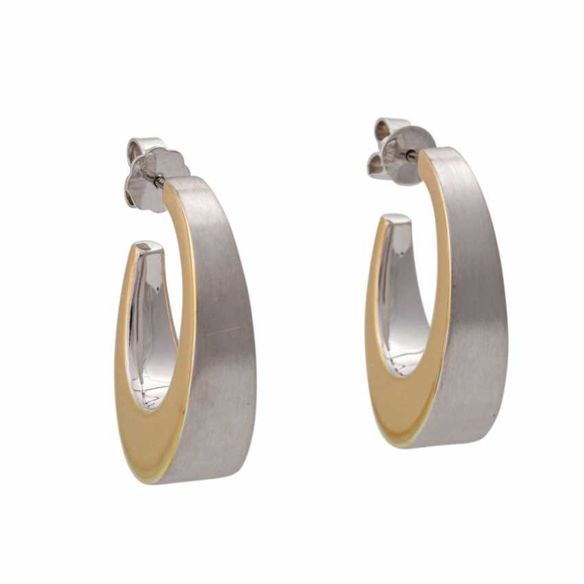 Earrings in oval curved shape, - photo 1