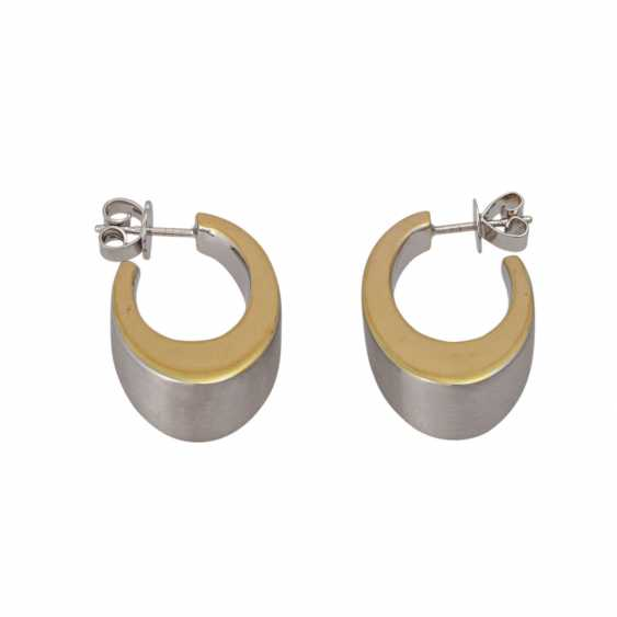 Earrings in oval curved shape, - photo 2