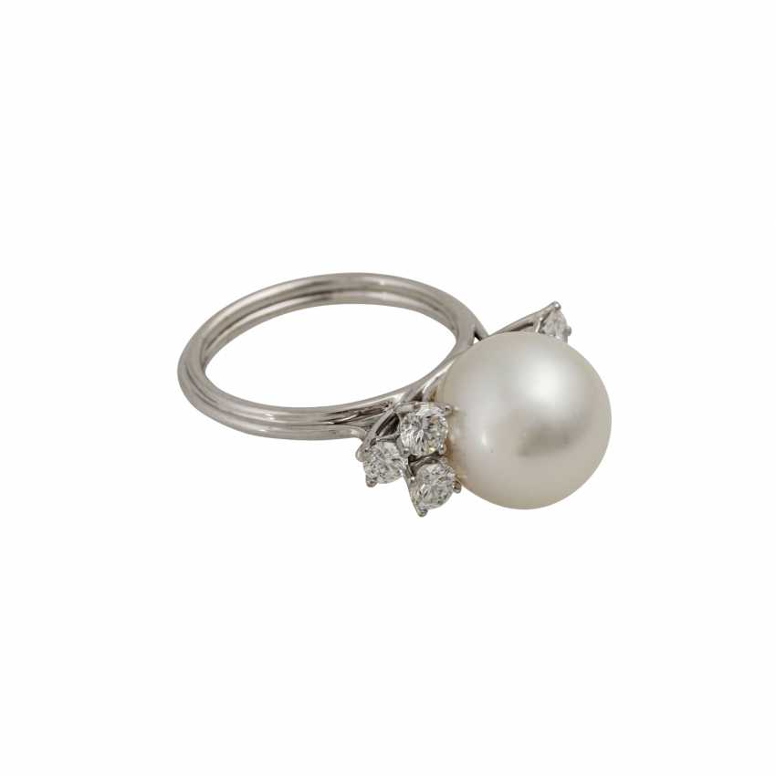 Ring with white South Sea pearl approx. 11 mm, silver-colored overtone - photo 1