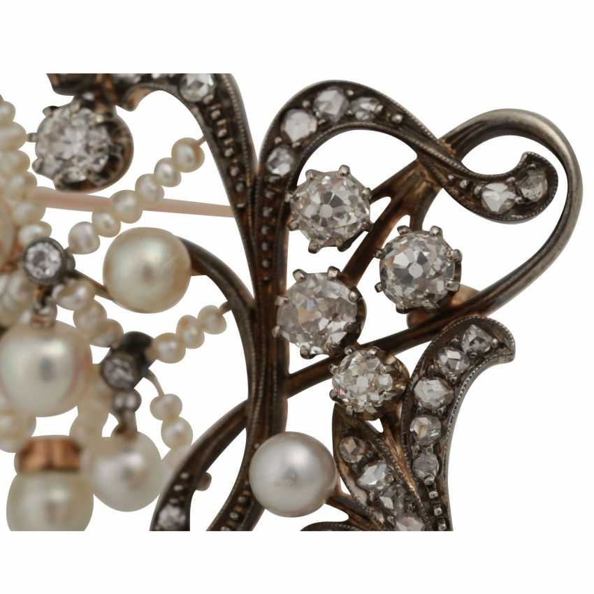 Art Nouveau brooch with old European cut diamonds totaling approx. 2.0 ct - photo 4