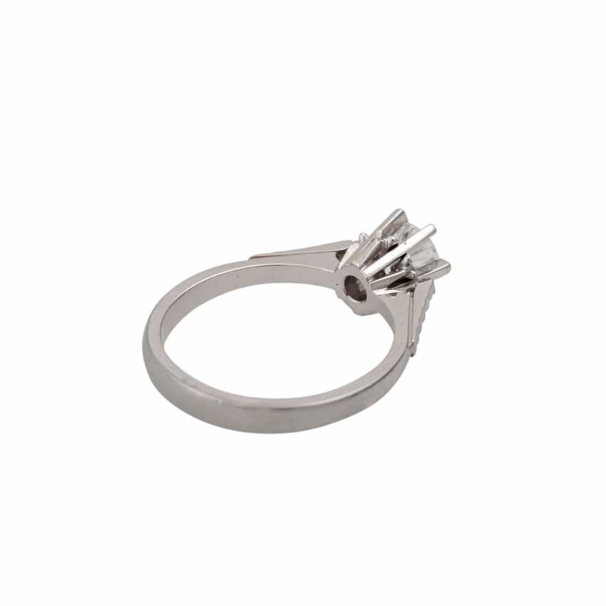 Brilliant Solitaire ring approx. 0.5 ct, - photo 3