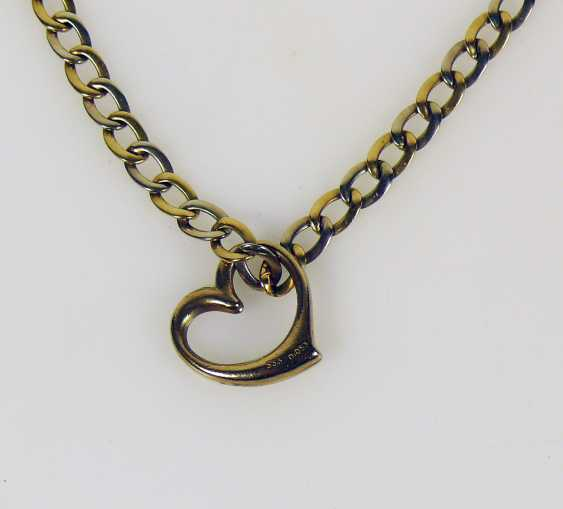 Necklace with a heart pendant - photo 2