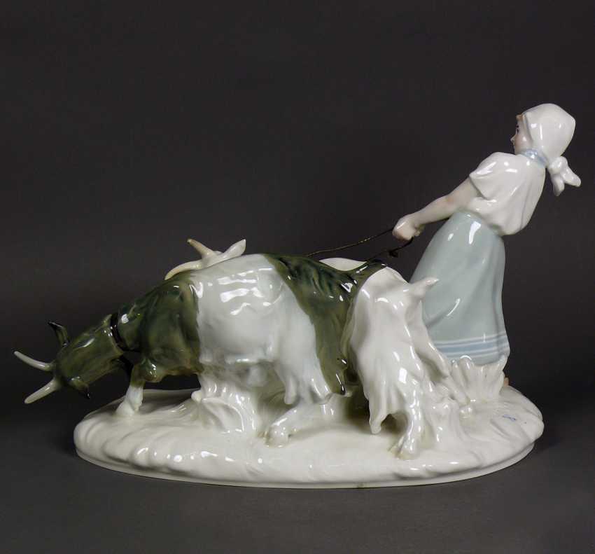 Porcelain group - photo 8