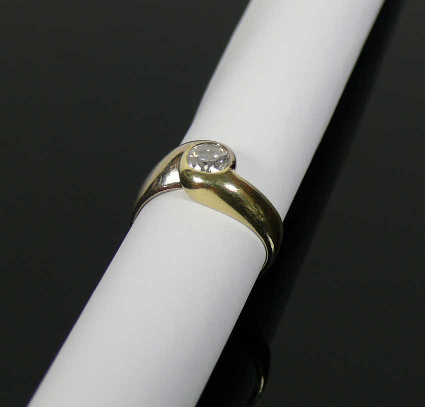 Solitaire diamond ladies ring - photo 4