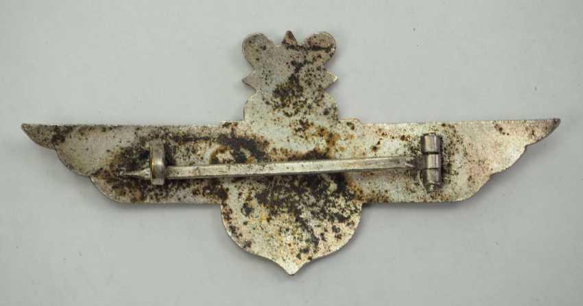Croatia: Aviator's clip. Silver-plated non-ferrous metal - photo 3