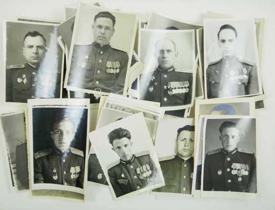 Soviet Union: Lot of officer and soldier portraits. Mostly with applied awards. Condition: II - photo 1