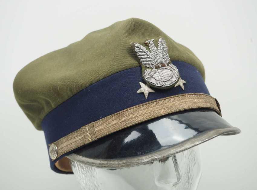 Poland: a sub-lieutenant's peaked cap. Ocher colored cloth - photo 1