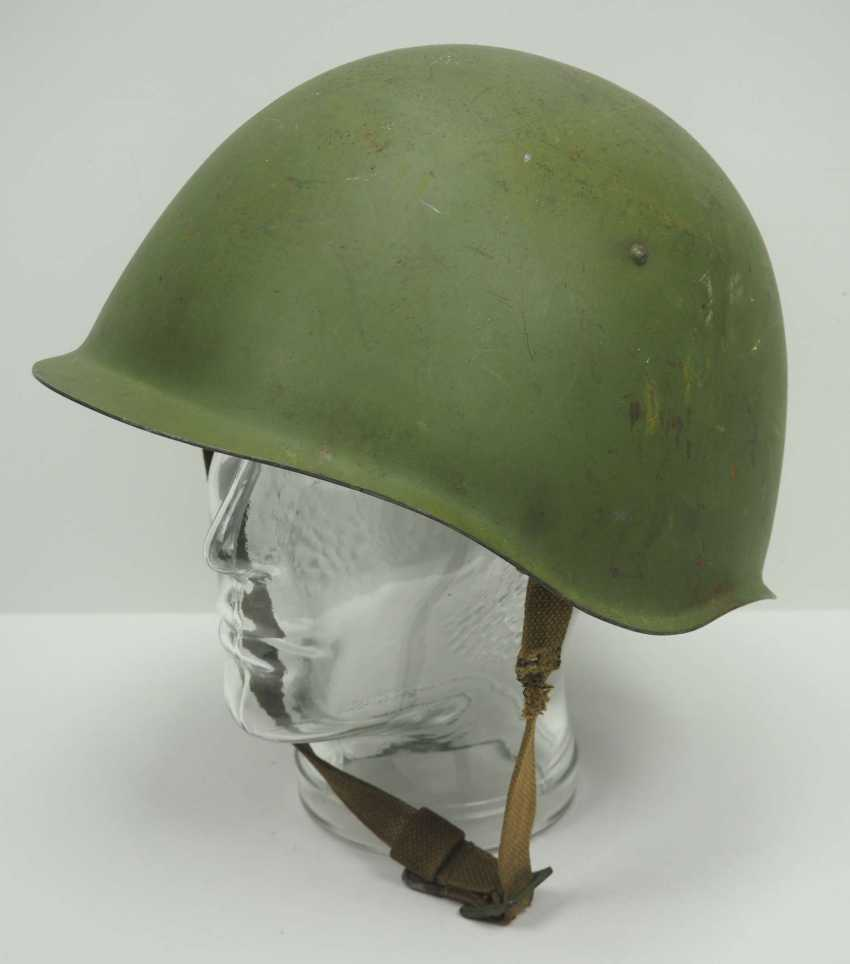 Soviet Union: SSh39 steel helmet - 1941. Olive green bell - photo 1