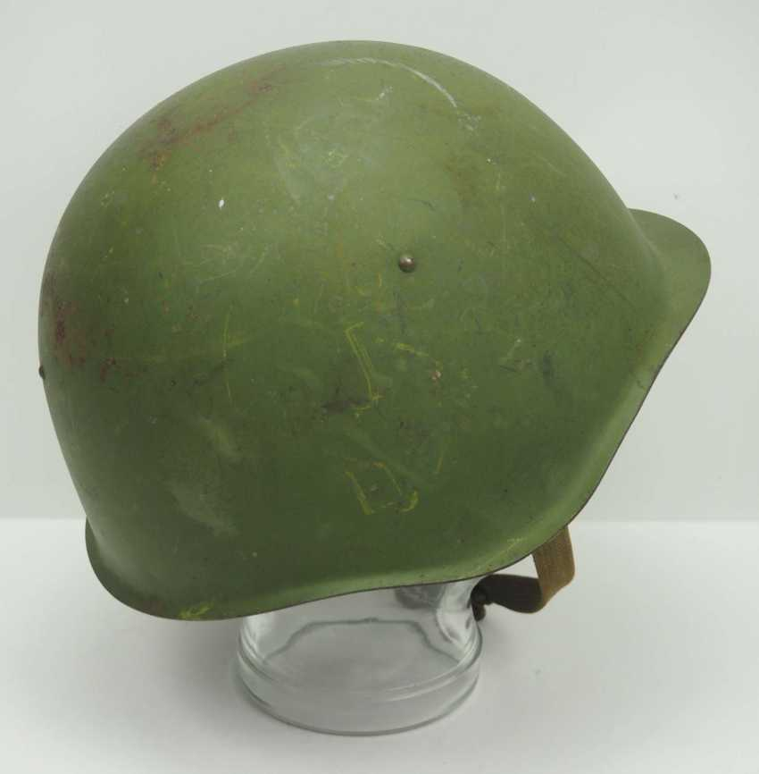 Soviet Union: SSh39 steel helmet - 1941. Olive green bell - photo 3