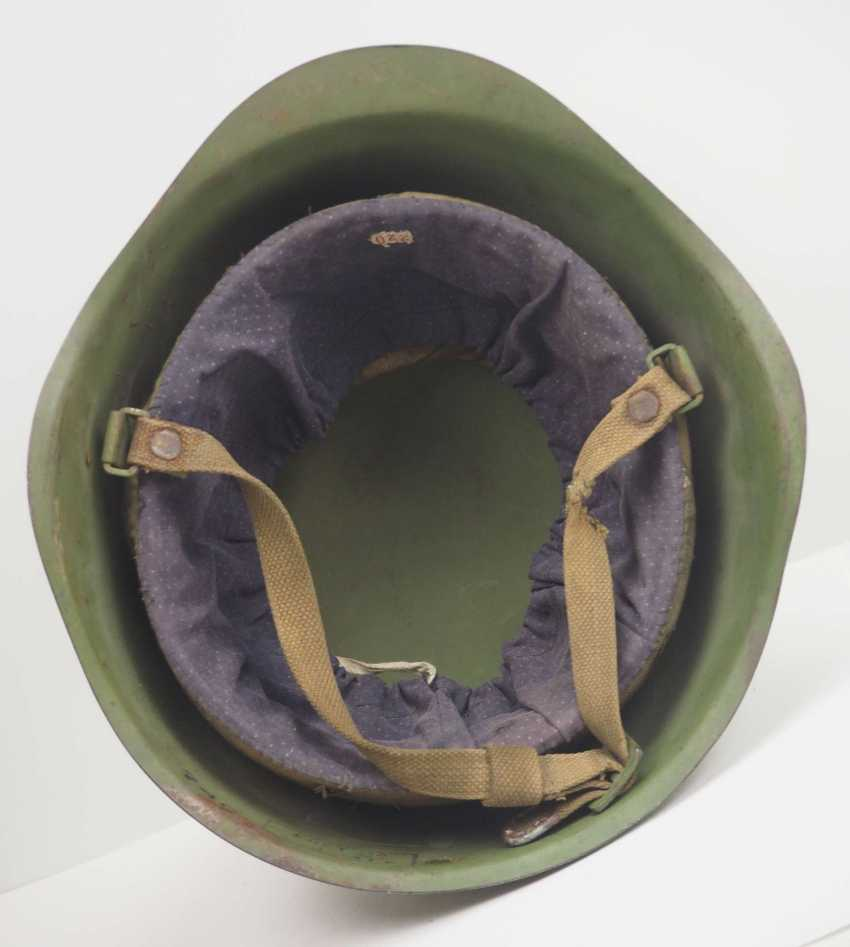 Soviet Union: SSh39 steel helmet - 1941. Olive green bell - photo 5