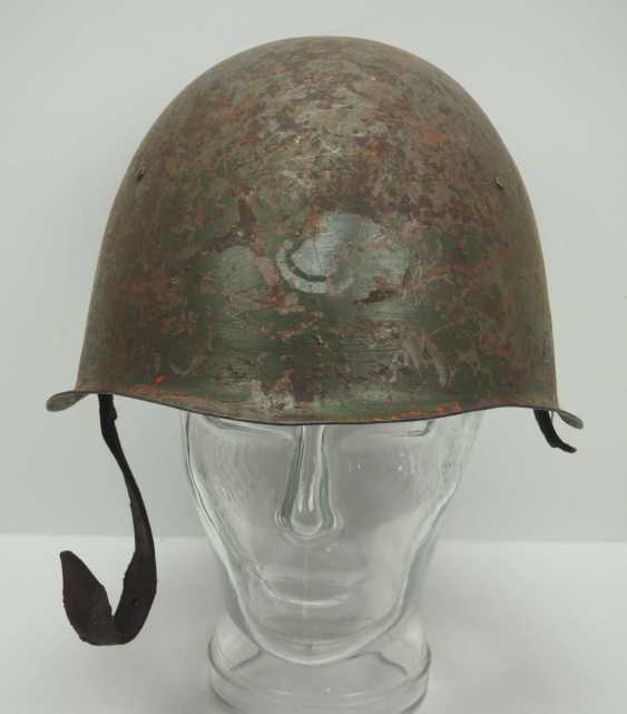 Soviet Union: SSh39 steel helmet. Olive-green bell with stronger signs of wear - photo 2