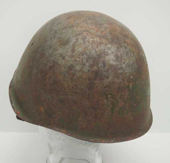 Soviet Union: SSh39 steel helmet. Olive-green bell with stronger signs of wear - photo 4