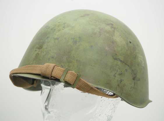 Soviet Union: SSh39 steel helmet. Olive green bell - photo 1