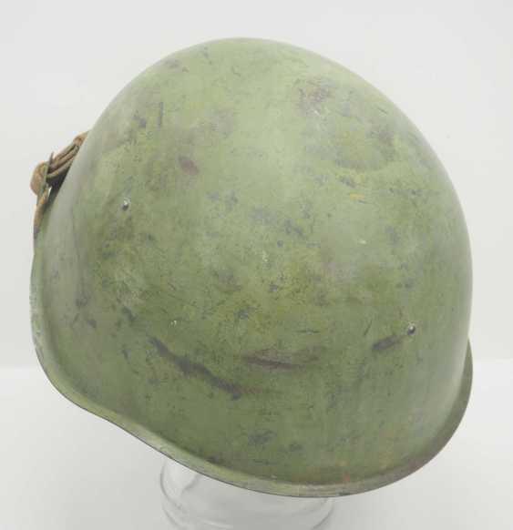 Soviet Union: SSh39 steel helmet. Olive green bell - photo 4