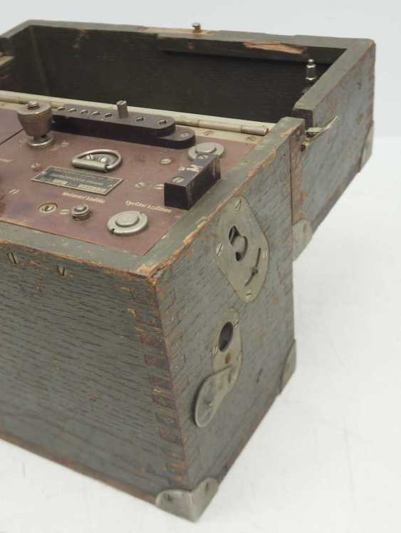 Poland: field telephone vz35. Olive green wooden case - photo 2