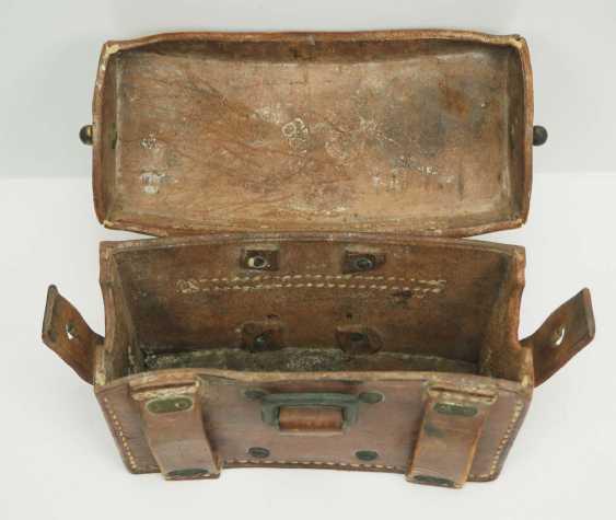 Poland: Medical belt carrier bag. Brown leather - photo 3