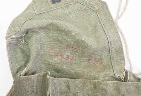 Poland: gas mask in pocket. Gas mask with hose and filter - photo 4