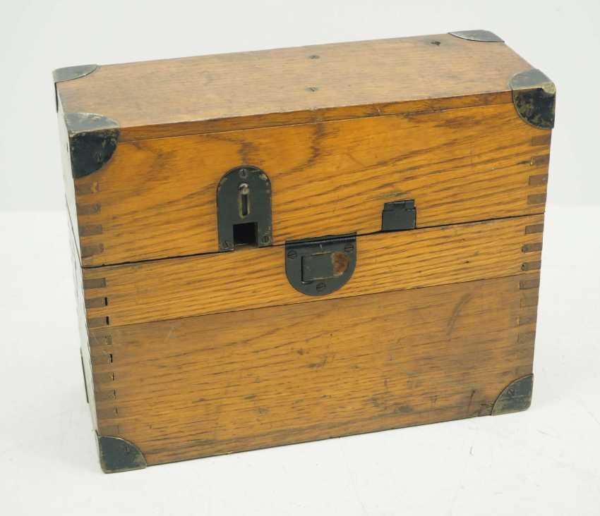 Czechslovakia: TEL30 field telephone. Wooden cabinet - photo 3