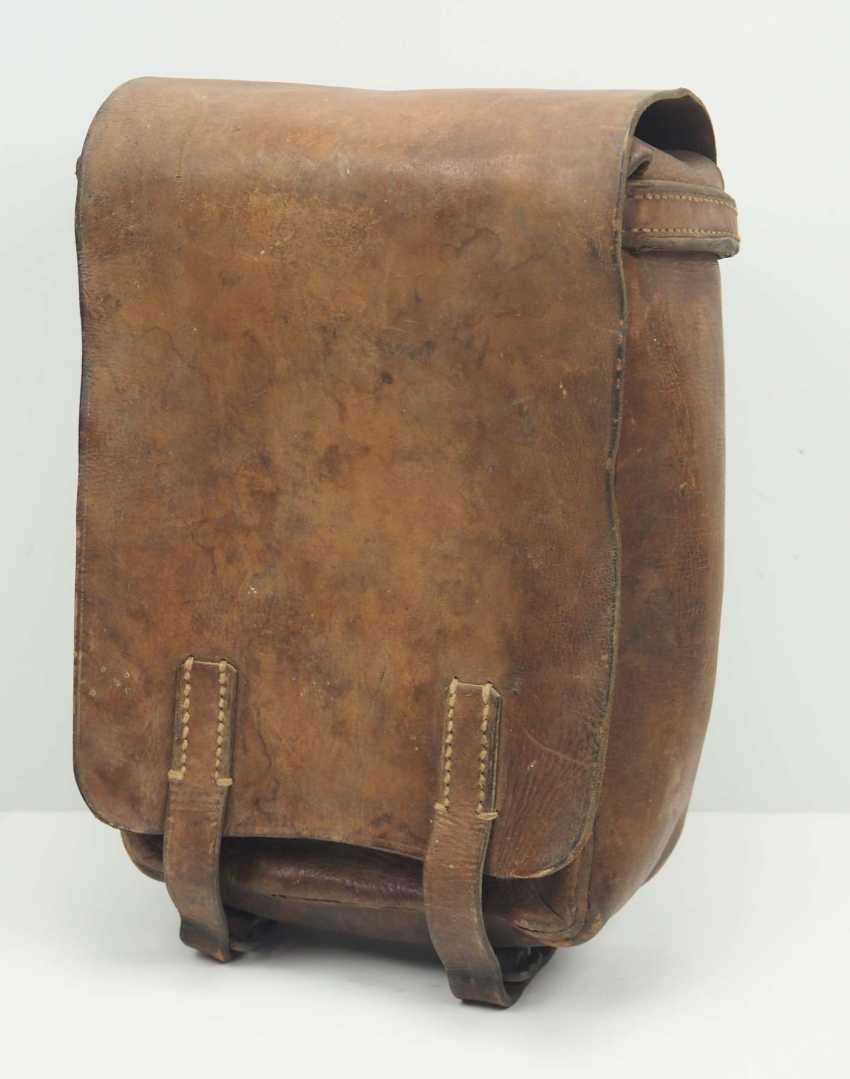 Russia: Pactash. Brown leather - photo 1