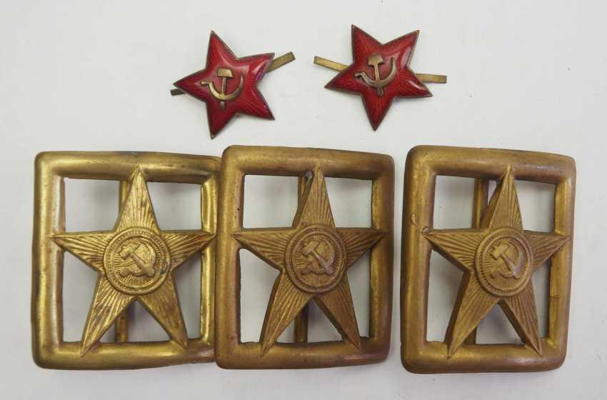 Soviet Union: belt locks and cap stars. 1.) 3 belt locks - photo 1