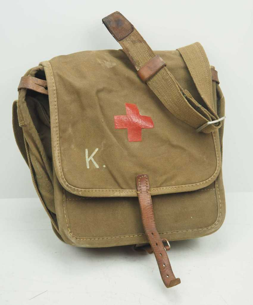 Soviet Union: Red Cross first aid kit. Ocher colored cloth - photo 1