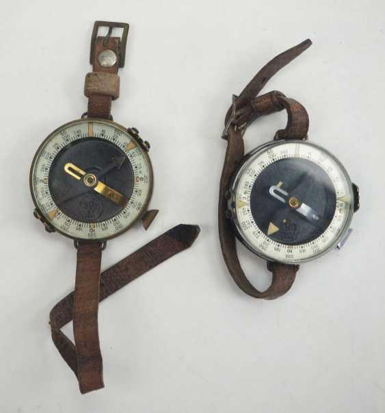 Soviet Union: Compass - 2 copies. Each with a bracelet. Condition: II - photo 1