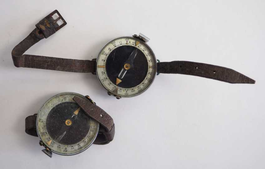 Soviet Union: Compass - 2 copies. Each with a bracelet. Condition: II - photo 1