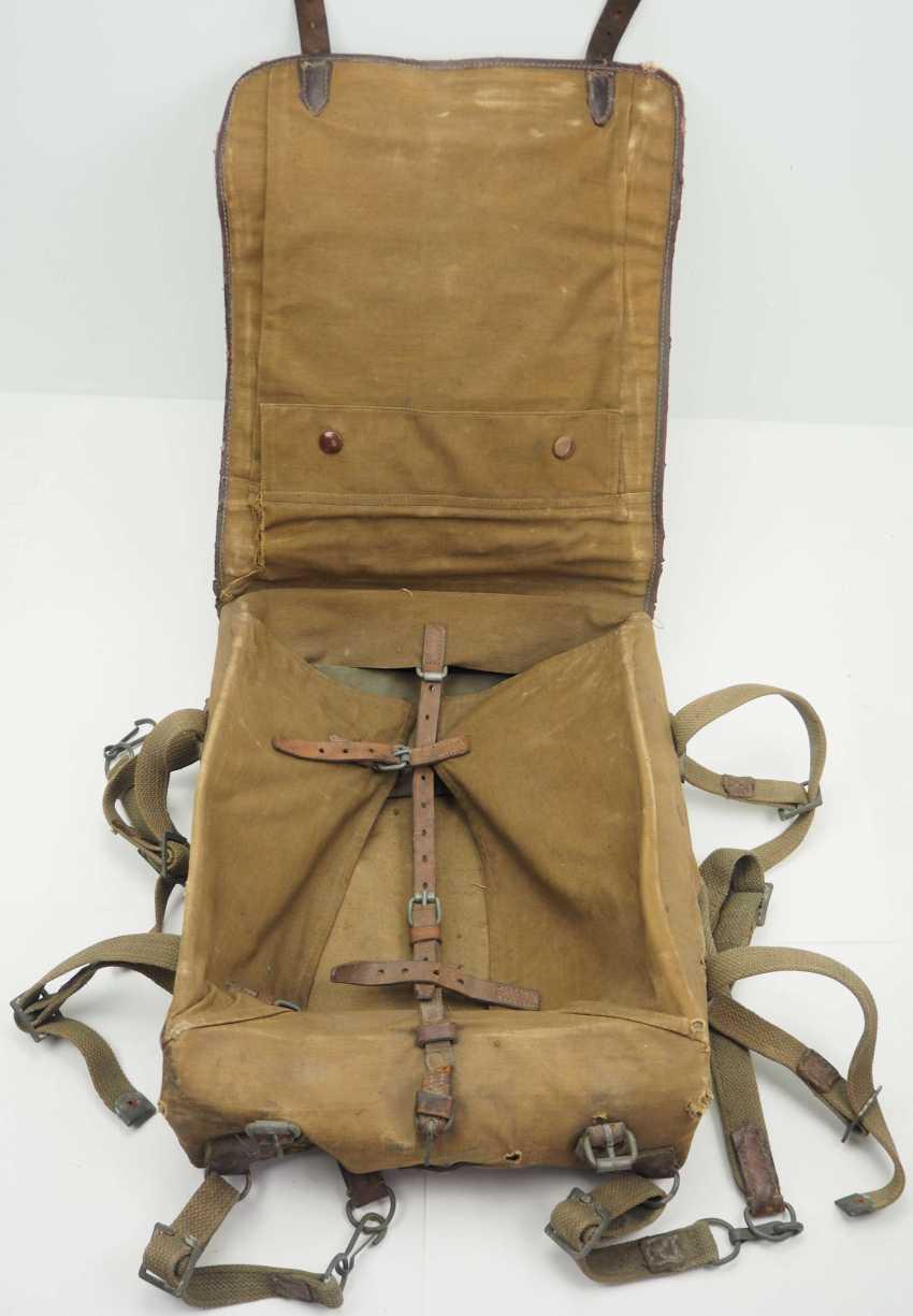 Soviet Union: knapsack. Body made of linen fabric - photo 2