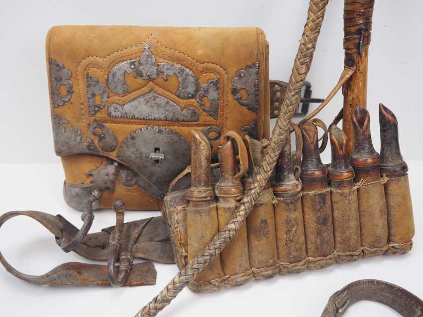 Caucasian: Equipment of a Kossak. Belt with cartridge holders and a bag with metal fittings - photo 3