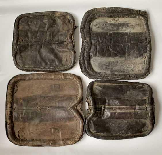 Caucasian: saddle seat cushion. Various. Condition: III - photo 1