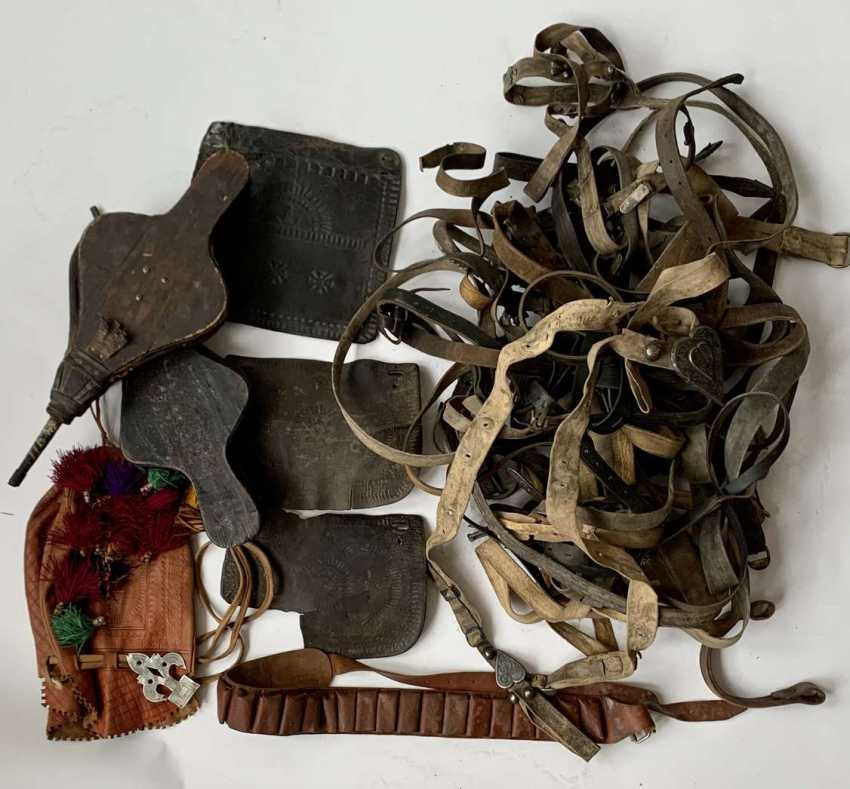 Caucasian: leather stuff. Various leather items - photo 1