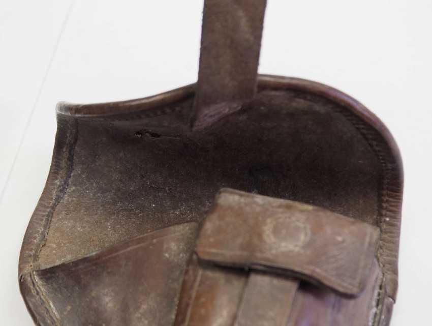 Czech Republic: pistol pouch - 2 copies. Each leather. Condition: II - photo 3