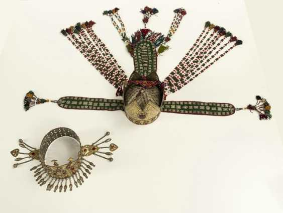 Two crown-like headgear made of silver with carnelian trimmings, partly gold-plated - photo 3