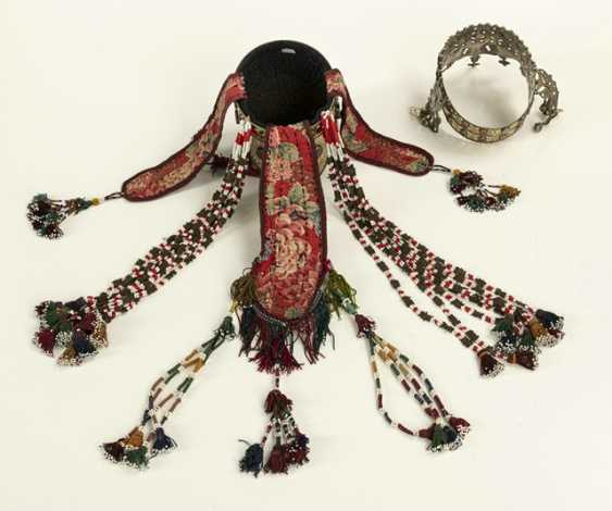 Two crown-like headgear made of silver with carnelian trimmings, partly gold-plated - photo 7