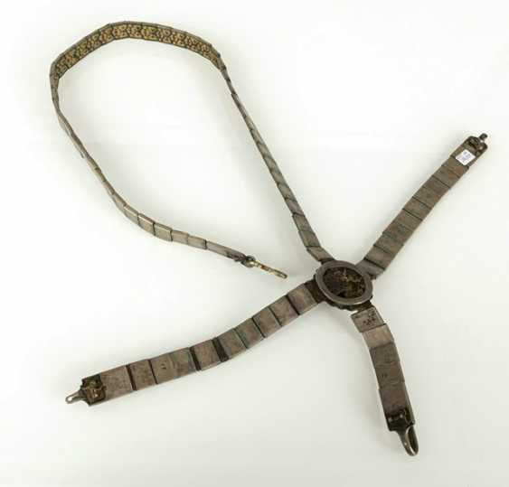 Magnificent belt for a rifle made of silver with niello decoration and leather, partly gold-plated - photo 4