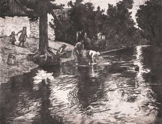 Emil Orlik (Prague 1870 - Berlin 1932). Washerwomen on the river Vltava - photo 1