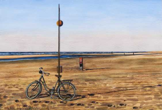 Wilhelm Hoffmeister (Berlin, 1908 - Hamburg, 1991). Bicycle on the beach - photo 1