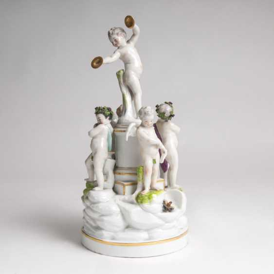 Large Figure Group Of Musical Putti' - photo 1