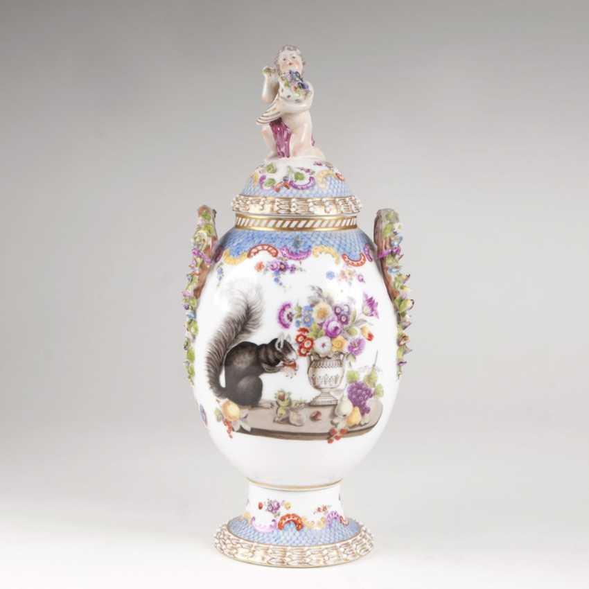 Decorative cover vase with squirrel - photo 1