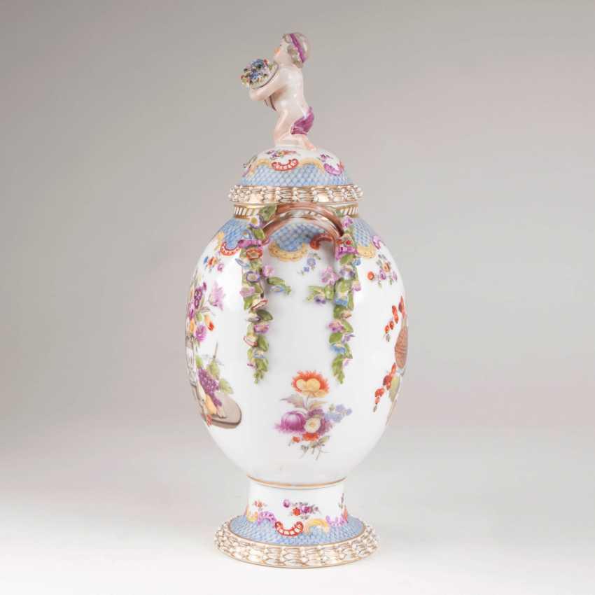 Decorative cover vase with squirrel - photo 2