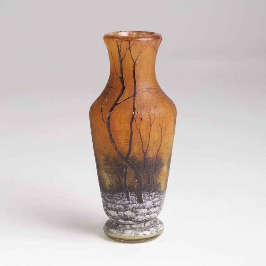 Daum Frères Verrerie de Nancy. Small baluster vase with winter landscape - photo 1