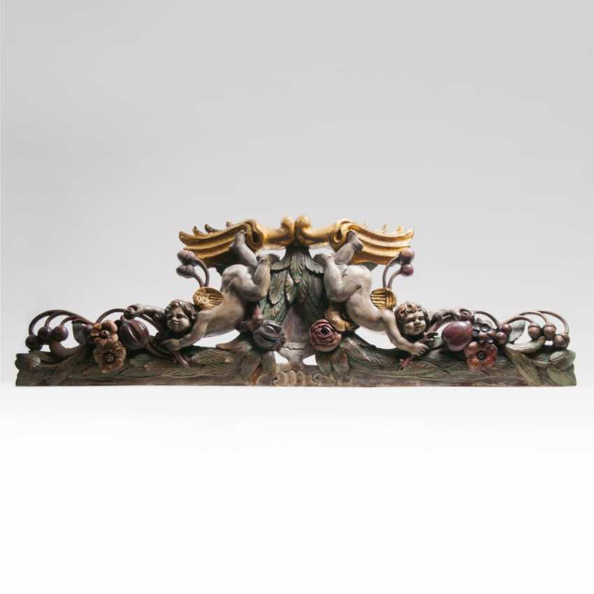 Large Baroque style-supra-Porte with cherubs and fruit - photo 1